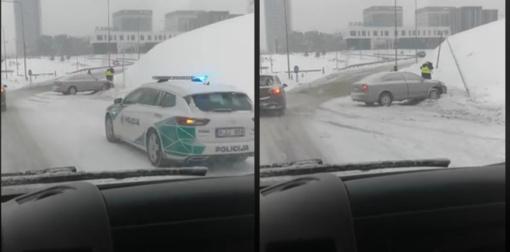 Pirmadienio rytą Vilniaus apskrityje eismo įvykiuose nukentėjo trys žmonės