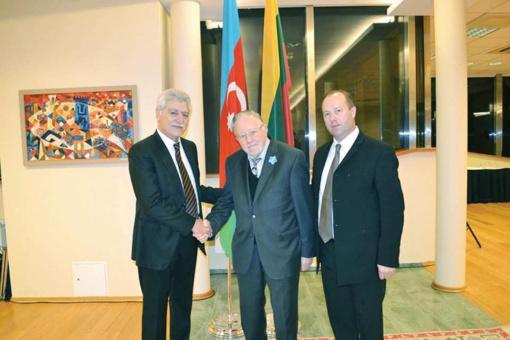 Azerbaidžano ambasada pakvietė karo žurnalistą