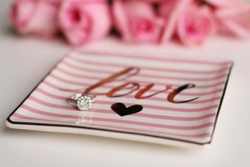 Artėjant Valentino dienai: 20 pasimatymo namuose idėjų