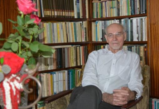 Gilučių krašto rašytojui Juozui Kundrotui – 85 metai