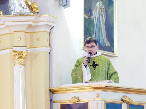 Ukmergės rajono Šešuolių parapijos  klebonas atsisakė pareigų