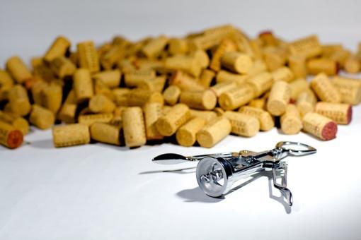 Nuo alkoholio priklausomiems žmonėms – daugiau konsultantų
