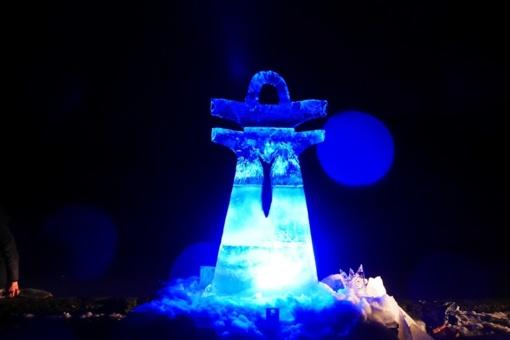 """""""Stintapūkio"""" šventėje ledo skulptūras kūrė ir šilutiškis menininkas"""