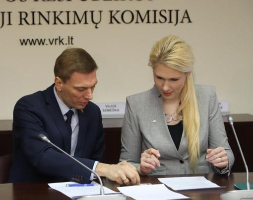 Pretendentai į prezidentus VRK pradėjo nešti pareiškinius dokumentus