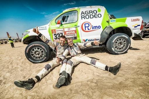 Vaidotas Žala parduoda Dakaro ralio visureigį