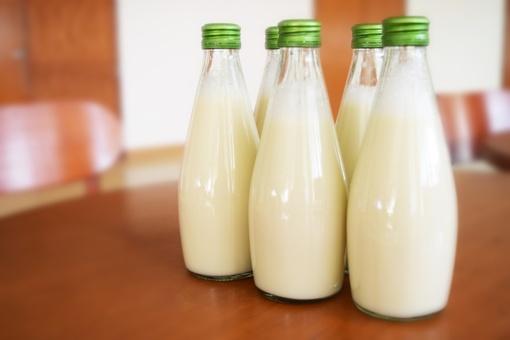 Natūralaus pieno supirkimo kaina sausį smuko 2,5 procento
