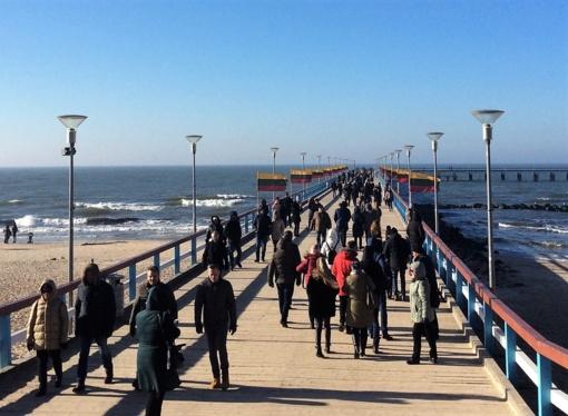 Lietuvos valstybės atkūrimo dieną Palanga spinduliavo džiaugsmą