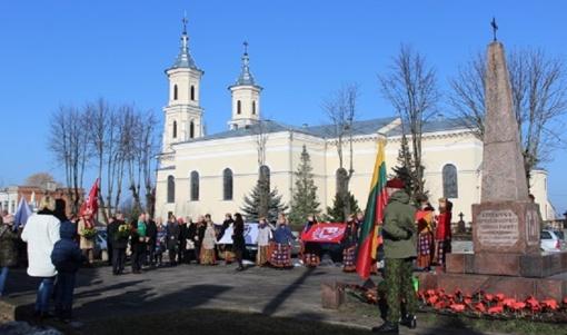 Kalvarijos savivaldybėje nuvilnijo Vasario 16-ajai skirti renginiai