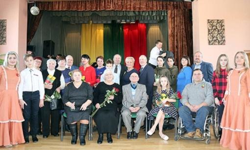 Vasario 16-ąją Aukštelkuose apdovanoti Aukštelkų seniūnijos gyventojai