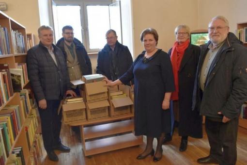 Biržų Rotary klubo dovana bibliotekai
