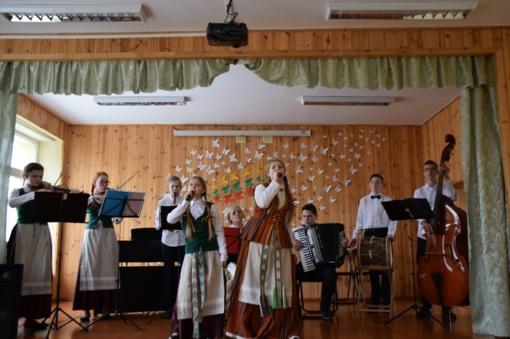 Vasario 16-ąją paminėjome skambant muzikai ir dainoms