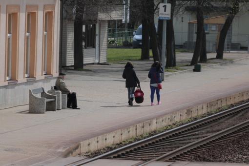 Kelionė traukiniu iš Šiaulių į sostinę – praktiškai neįmanoma?