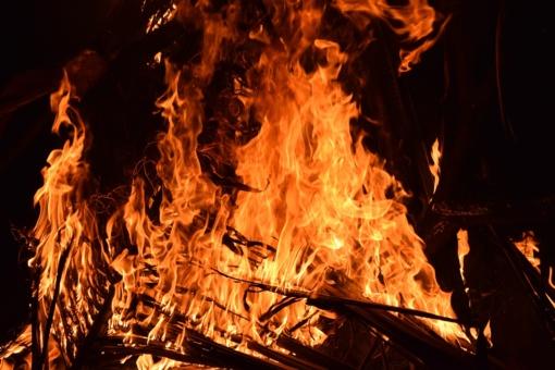 Dujovežių gaisras Mažeikiuose lokalizuotas