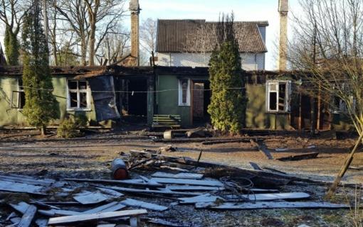 Sekmadienį gaisruose žuvo trys žmonės, jų būstuose nebuvo dūmų detektoriaus