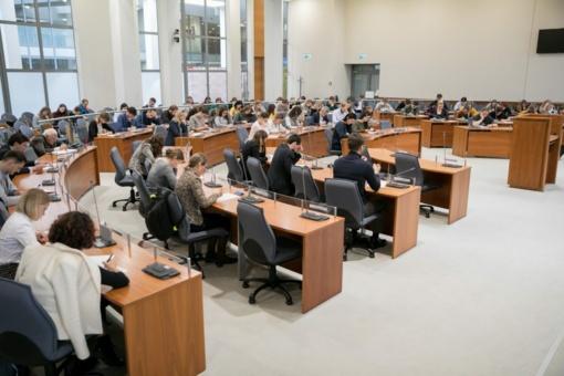 Nacionaliniam diktantui aktyviausiai rengiasi Vilniaus įmonės ir Žemaitijos mokyklos