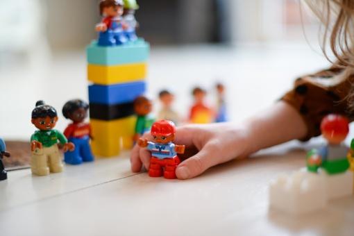 Tyrimas: vaiko žaislams tėvai kasmet išleidžia apie 200 eurų