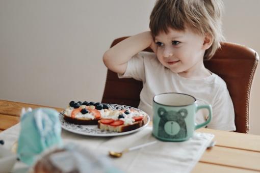 Žymios tinklaraštininkės pataria: smagios sumuštinių idėjos vaikams