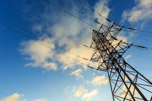 Dėl šylančių orų elektros kaina Lietuvoje buvo mažiausia per devynis mėnesius