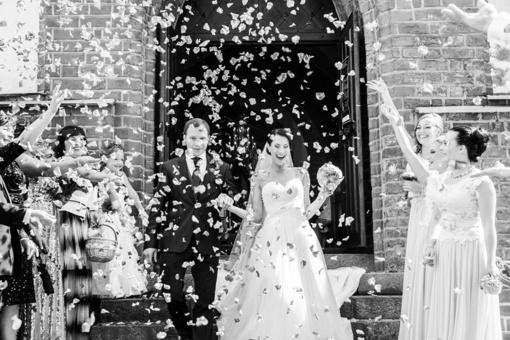 TOP 9 patarimai iš fotografės. Kaip puikiai atrodyti savo vestuvių nuotraukose