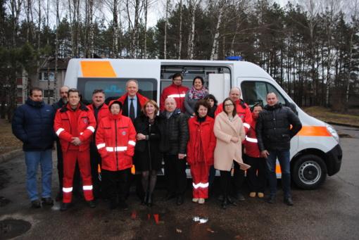 Varėnoje rieda dar vienas naujas greitosios medicinos pagalbos automobilis