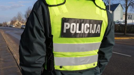 Kaune nuo policijos bandė pasprukti neblaivus vairuotojas