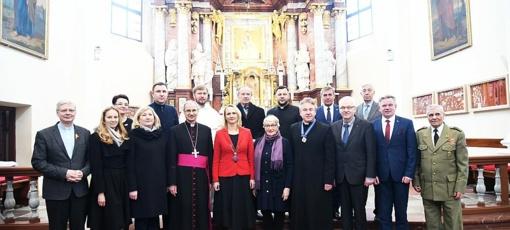 Kovo 11-ąją – garbės piliečio vardas Trakų klebonui J. Varaneckui