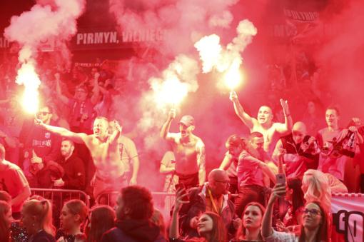 """""""Ryto"""" klubui skirta bauda už necenzūrines sirgalių skanduotes"""