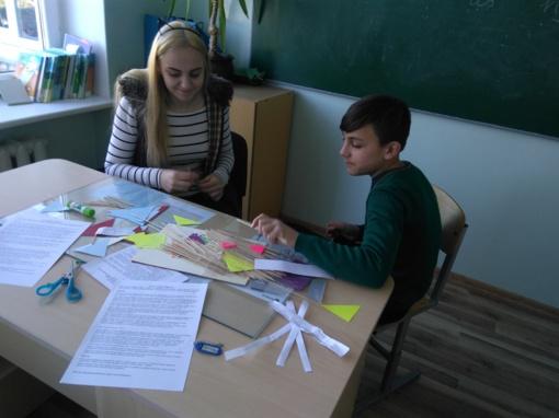 """Šiaulių r. Gilvyčių mokykloje – projektinė veikla """"Deimančiukų ieškotojo"""" keliais..."""""""