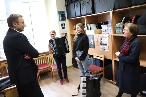 Meras pasveikino jaunuosius akordeono virtuozus