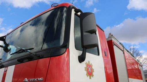 Varėnos rajone degė traktorius