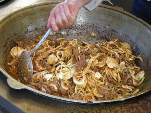 Kazkakchstano virtuvė: ar tikrai klajokliai valgo tik arklieną?
