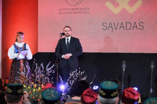 Iškilmingoje ceremonijoje pagerbti Lietuvos tradicijų puoselėtojai