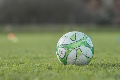 """""""Žalgirio"""" ir """"Riterių"""" futbolininkų susitikimas baigėsi lygiosiomis"""