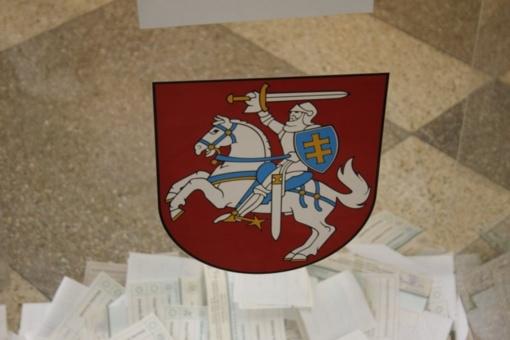 Merų rinkimų pakartotiniame balsavime pilietinę pareigą jau atliko 5,10 proc. rinkėjų