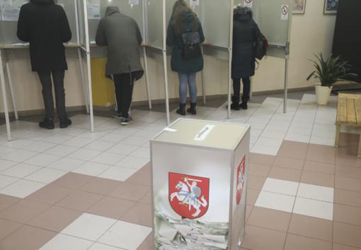 Merų rinkimų pakartotiniame balsavime iki sekmadienio vidudienio balsavo 13,98 proc. rinkėjų