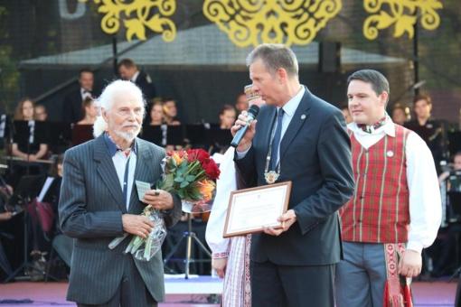 Tauragės garbės piliečiui, dailininkui, keliautojui Alfonsui Čepauskui – 90