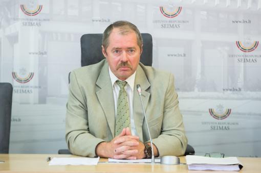 """""""MG Baltic"""" bylos posėdyje liudijantis buvęs Seimo narys R. Sargūnas sunkiai ką prisimena"""