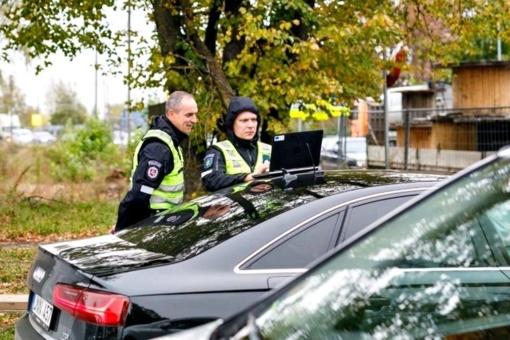 Policija iškėlė sąlygas: ko reikia, kad keliuose padidėtų leistinas greitis?
