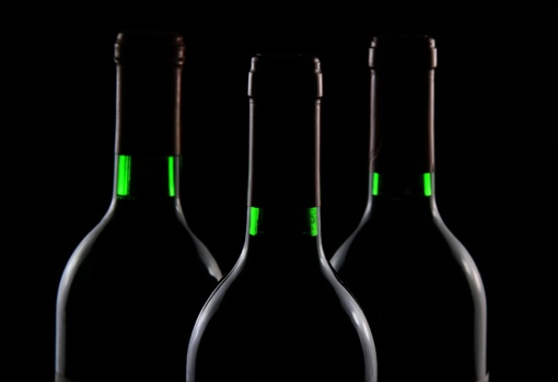 Vilniuje rasta 2 tūkst. vyno butelių be banderolių