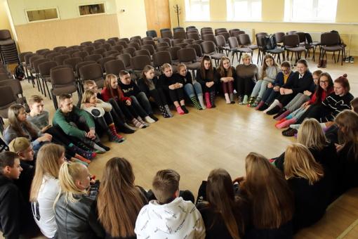 Simono Daukanto gimnazijos mokiniai dalyvavo akcijoje #NenurašykOPalaikyk!