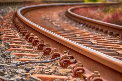 Premjeras plungiškiams pažadėjo rasti lėšų 1,5 km geležinkelio atšakai nutiesti