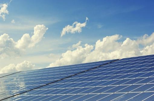 """Planas """"saulės jėgainė"""": kodėl pavasario pradžia – palankus laikas ruoštis įrengimui?"""