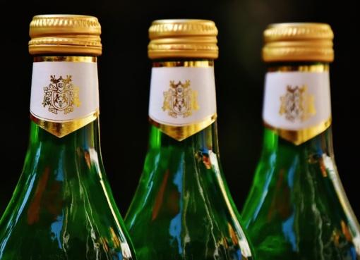 Rusija palengvino alkoholio išvežimą į užsienį