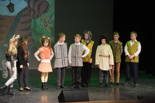 Zarasų kultūros centre šurmuliavo mažieji teatro mėgėjai (fotogalerija)