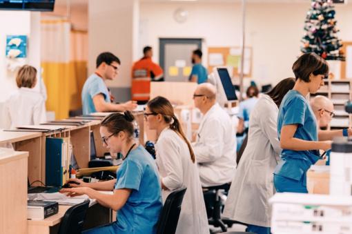 Tyrimas: Lietuvos žmonės pas gydytojus skuba ne tik ligos prispausti