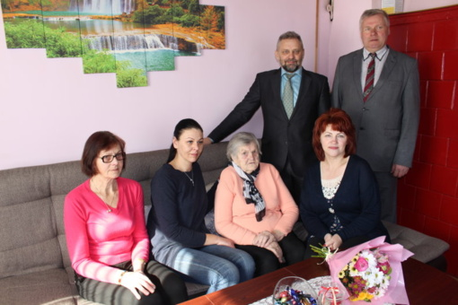 90-ojo gimtadienio proga pasveikinta Janina Domeikienė