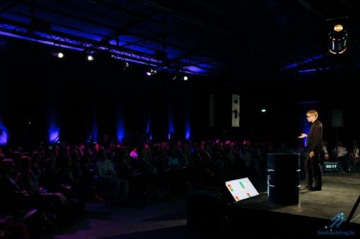 Ilgaamžiškumo entuziastai renkasi didžiausioje Baltijos šalyse biohakingo konferencijoje Rygoje