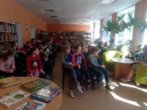"""Skaitymas – tai tapimas kitu žmogumi. Viktorina """"Ką žinai apie knygą ir biblioteką"""""""