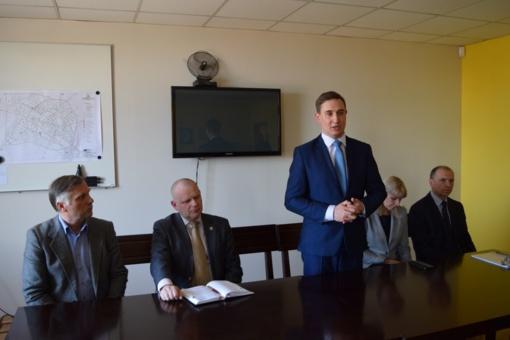"""Savivaldybės vadovai susitiko su UAB """"Raseinių vandenys"""" darbuotojais"""