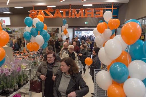 """""""Ermitažas"""" plečiasi regionuose: atidarė parduotuvę Utenoje"""